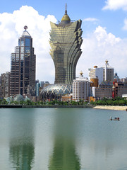 Macau skyline, from the shore of Nam Van Lake (thewamphyri) Tags: building water skyscraper gold lisboa bank casino macau macao bankofchina  casinolisboa  bankofchinabuilding hotellisboa grandlisboa  over2000views   namvanlake  extrainfo   edificiobancadachina lagonamvan