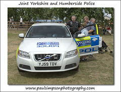 Joint Police service car (Paul Simpson Photography) Tags: uk car volvo yorkshire fast police policecar service emergency humber crowle 999 fastcar humberside policing northlincolnshire emergencyservice trafficcar humbersidepolice volvopolicecar policingyorkshireandthehumber rescuedaycrowle rrpt