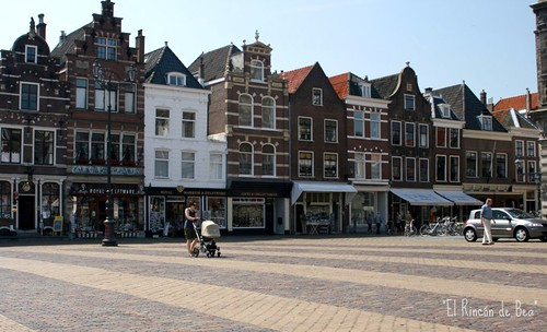 Plaza del Mercado en Delft