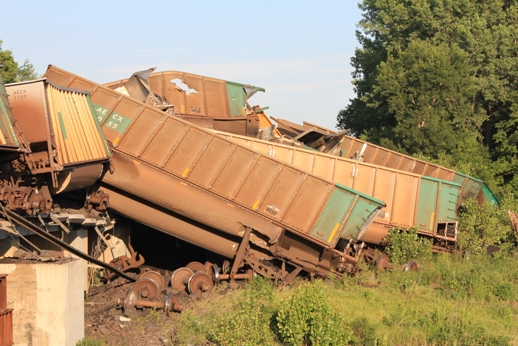 Train derailment near Silverlake, KS