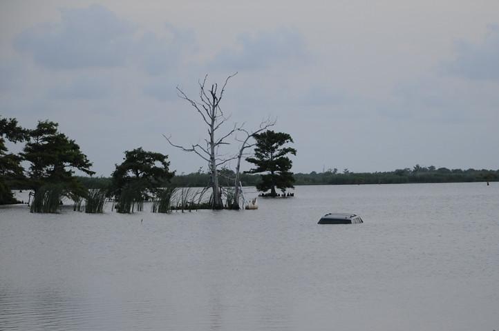 submerged car_6208 web