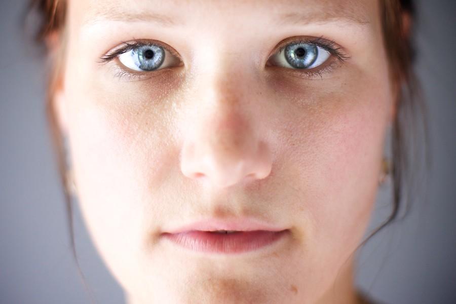 202/365: My Sister's Eyes.