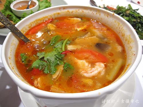 瓦城酸辣蝦湯