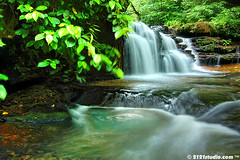 Batu Hampar Fall (HDR) (2121studio) Tags: longexposure art nature landscape ali malaysia slowshutter indah  kuantan masterpiece alam   naturesfinest touristinformation malaysianphotographer basicphotography visualartist tropicaljungle  malaysianrainforest topimage imageforsale sceneryphoto 2121studio karyaseni kuantanphotographer pahangphotographer pahangtourism ciptaanallahswt hutanhujan malaysianwaterfall gambaruntukdijual tempattempatmenarikdipahang pelancunganpahang pahangpopulartouristspot airterjunbatuhampar gambarpemandangan jerampelangikualasentulmaran learnhowtouseyourdslr
