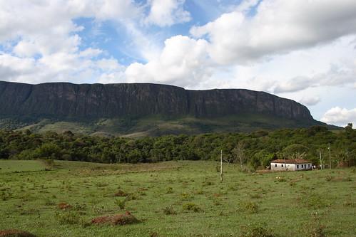 serra Serra da Canastra baú national park landscapes paredões penhasco Minas Gerais cerrado campos
