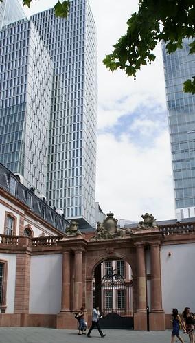 gebäude thurn und taxis frankfurt