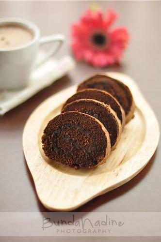 Bolu Gulung Cokelat