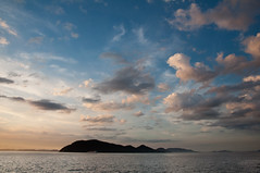 2010-07-17_Clouds and islands (sixstrokeroll) Tags: sunset japan takamatsu kagawa setonaikai megijima mywinners nikond90