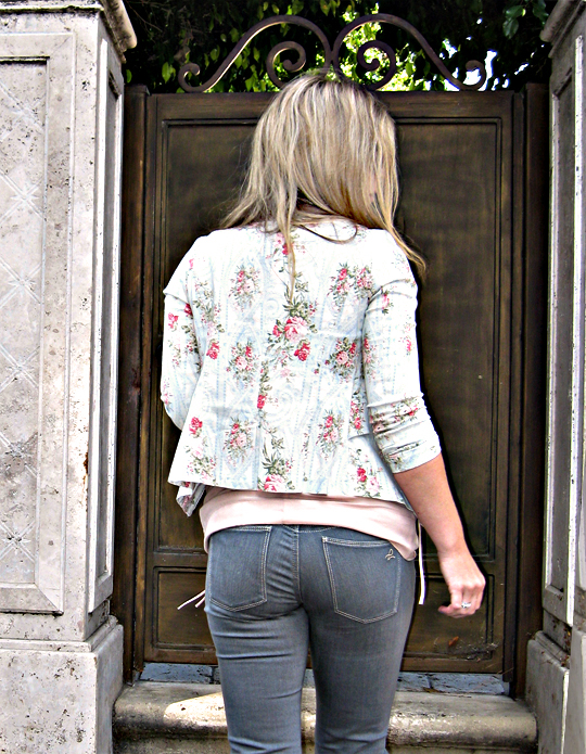 butt+jeans puckering on butt+floral blazer