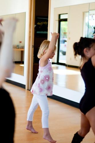 Jessica tries Ballet