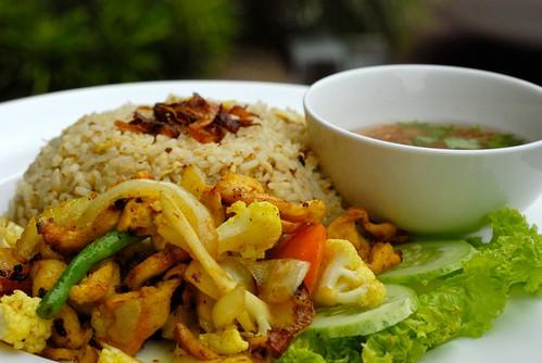 Delicious Nasi Goreng Ayam Kunyit