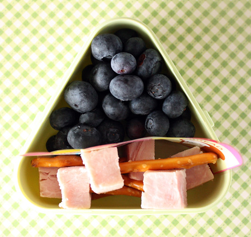 Day Camp Snack #120: July 12, 2010