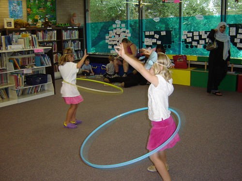 hula hoop girls