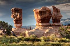 Devils Garden IV (Wolfgang Staudt) Tags: usa sunrise utah desert escalante wste torrey mesaarch devilsgarden holeintherockroad suedwestenusa
