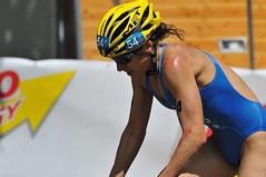 London_Triathlon_DSC_6848 (Colin Dorey) Tags: bike swim women energy erin run elite hydepark kensingtongardens spectators serpentine worldchampionship hydeparkcorner competitors londontriathlon trathlon elitewomen dextro erindensham densham dextroenergy 24thjuly2010