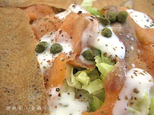 法蕾薄餅咖啡屋海洋風情燻鮭魚仔細看