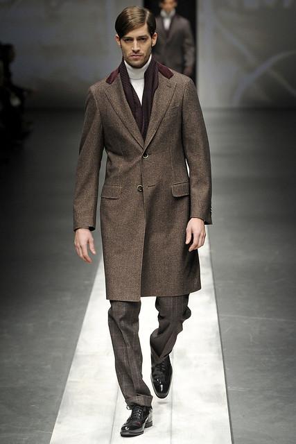 Maximiliano Patane3024_FW10_Milan_Canali(VOGUEcom)