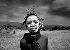 Surma boy in Turgit - Ethiopia (Eric Lafforgue) Tags: boy kid child artistic culture tribal ornament tribes bodypainting tradition tribe ethnic rite tribo adornment pigments ethnology tribu omo eastafrica 915 thiopien etiopia ethiopie etiopa  etiopija ethnie ethiopi  etiopien etipia  etiyopya  nomadicpeople      tulgit    peoplesoftheomovalley