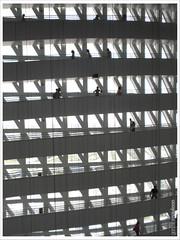 VACIO INTERIOR DE LA TORRE DEL AGUA (maulegon) Tags: del de agua torre expo zaragoza teresa enrique 2008 asociados arquitectos