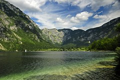 Slovenia - Bohinjska - Lake Bohinj (Darrell Godliman) Tags: travel sky copyright lake mountains travelling tourism beautiful clouds landscape nationalpark nikon europe eu lakeside slovenia slovenija idyllic europeanunion bohinj allrightsreserved travelphotography julianalps triglavnationalpark landscapephotography europeseunie slovenien lakebohinj unineuropea instantfave unioneuropenne radovljica republikaslovenija omot travelphotographer flickrelite dgphotos darrellgodliman wwwdgphotoscouk scenicsnotjustlandscapes savabohinjka d300s dgodliman ribevlaz nikond300s sloveniabohinjskalakebohinjdsc2418 advancedphotographymagazine polarisationpossibles