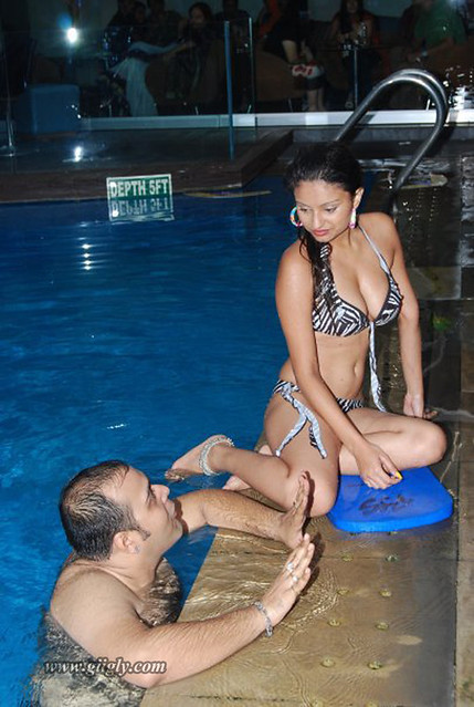 Dimpy Mahajan Ganguly in swimming pool