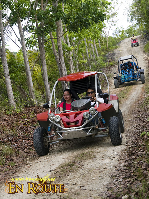 The Dune Buggy group on the trail