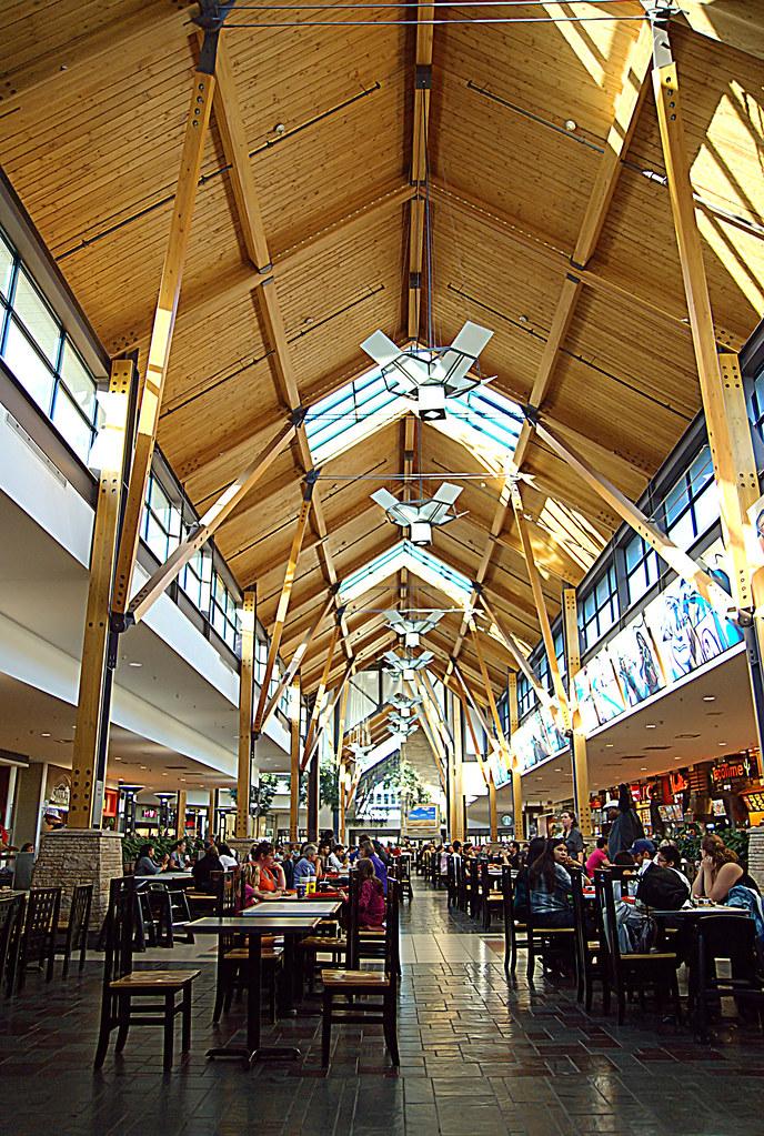 St. Vital Mall Foodcourt