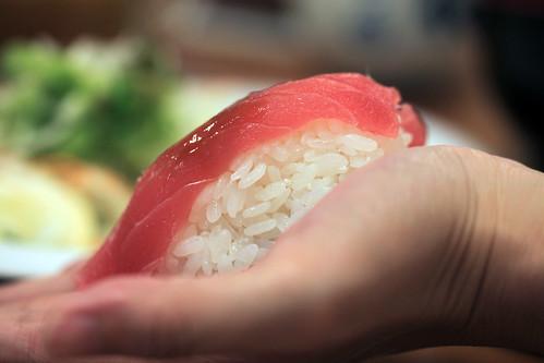 福壽司比手還大的握壽司@富良野