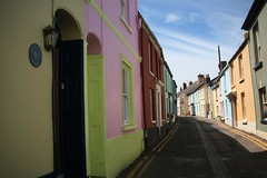 Appledore (sosij) Tags: pink blue england holiday green seaside devon colourful appledore dumbledore colourfulhouses not irshastreet fishermancottages