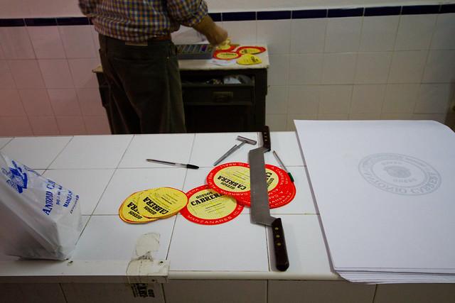 Manchego Cheese Artisan - Quesos Cabrera - Manzanares - Ciudad Real Spain-0728.jpg