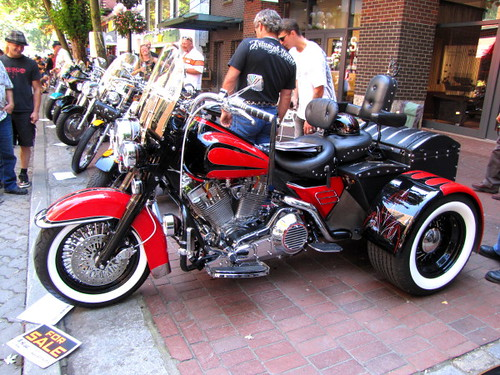 Gastown Motorcycle Show n' Shine 2010 Had Hell Angels and Bike Enthusiasts Ogling