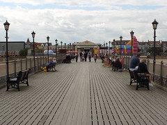 Skegness Pier - August 18th 2010 . (Lenton Sands) Tags: wednesday pier august 18th 2010 skegness