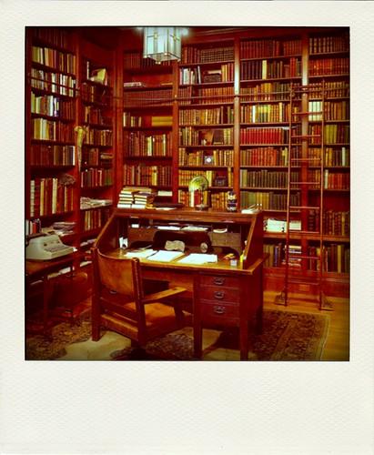 library-pola