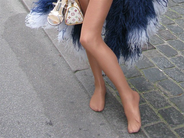 The no-toe Barbie legs