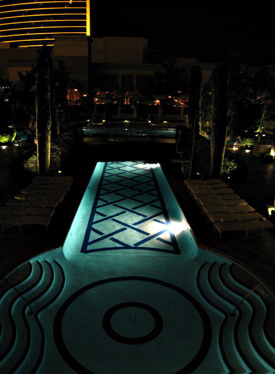 Wynn Vegas Large Pool at night
