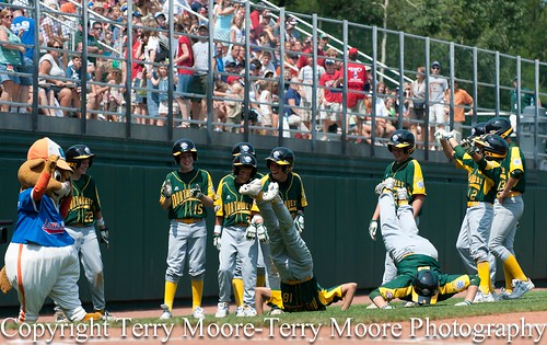 LLWS Day 1 photos-2