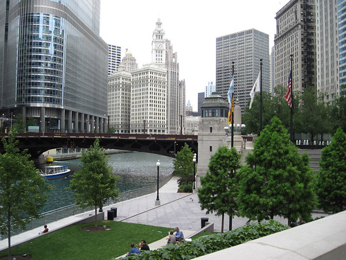 Wrigley Building & the Chicago River