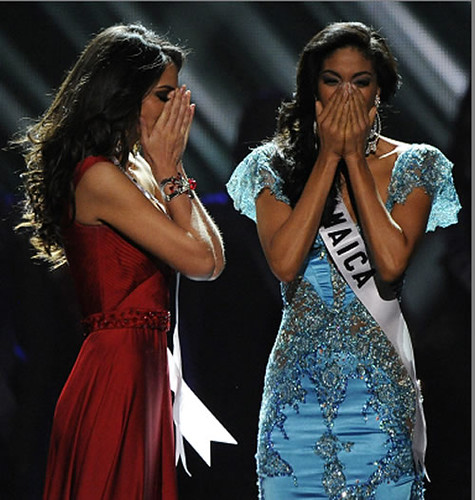 Jimena Navarrete on crowned Miss Universe 2010