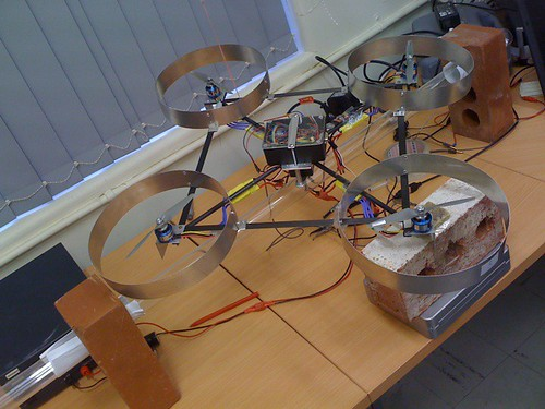 Quadcopter test rig ended up being not so fancy and brick based at least it works