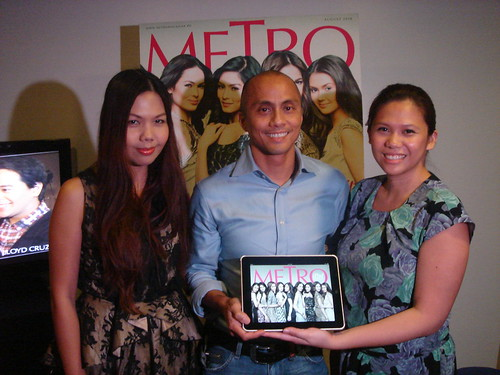 Metro Ipad Media Conference-Geolette Esguerra (Features Editor, Metro), Ernie Lopez (Head, ABS-CBN Publishing), Cathy Bustos-Guevara ( Business Manager, Metro)