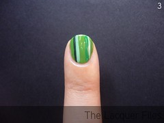 Striped Manicure Nail Art Stripes Tutorial How To Striper Zoya Ivanka Veruschka OPI Damone Robers 1968 Green-wich Village Essie Pretty Edgy