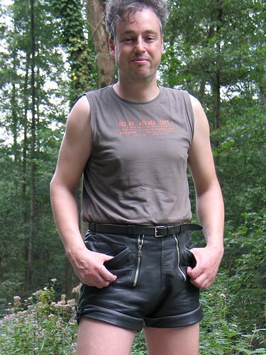 lederhosen gay