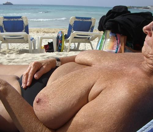 big milky boobs tits news pics: bigtits