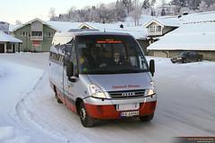 2009 Iveco Daily 65C18 / Indcar Wing (Øyvind Berg) Tags: bus 90 minibus kviteseid ivecodaily indcar telemarkbilruter indcarwing irisbusdaily ivecodaily65c18 kh64968 irisbustourys24 ivecodaily65c