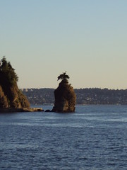 Siwash Rock (Indiequeen85) Tags: vancouver stanleypark bikerides