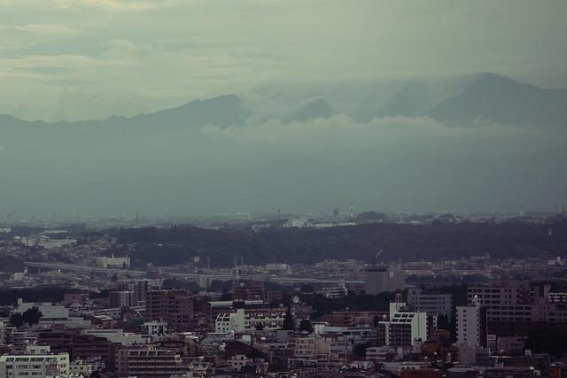 山腹の流れ雲