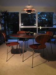 Arne Jacobsen Dining Set
