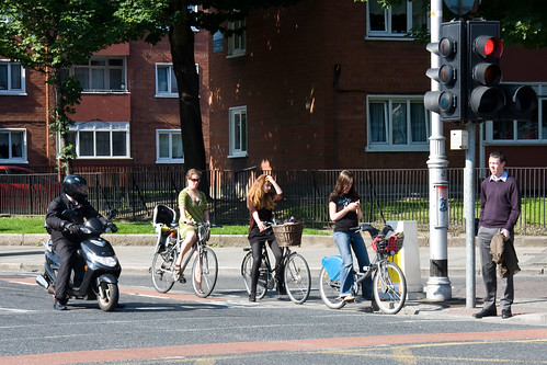 Dublin Cycle Chic - Afternoon Traffic