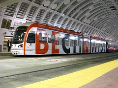 City U Ad on Link 105 (Oran Viriyincy) Tags: seattle train advertisement cityu soundtransit lrv clearchanneloutdoor kinkisharyo linklightrail