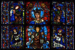 La Belle Verrière (Nick in exsilio) Tags: france marie mary gothic stainedglass virgin angels vitrail enfant incense chartres vitraux vierge thurifer thuribles